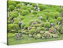 Leinwand Liebevoll gestalteter japanischer Garten mit kunsvoll geformten Bäumen und Büschen an einem Koi-Tei 75x50cm, Special-Edition Wandbild, Bild auf Keilrahmen, Fertigbild auf hochwertigem Textil, Leinwanddruck, kein Poster