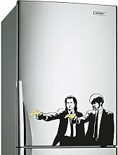( 60x37 cm ) Banksy Vinyl Wand Aufkleber Pulp Fiction Graffiti / Jungs mit Farbe Banane Pistolen / Graffiti aufkleber / Zwei Herren Abendessen Jacken Aufkleber Geschenk