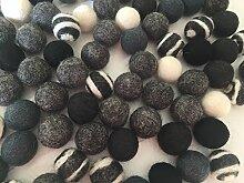 100 Filzkugeln schwarz, weiß, Grautöne in 2,2 cm