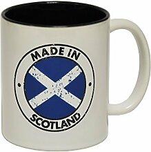 123t Mugs - Keramikbecher mit Slogan MADE IN SCOTLAND mit schwarzem Interieur