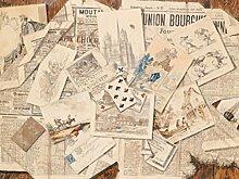 1art1 79333 Zeitungen - Französische Zeitungs-Collage Mit Postkarten, Vintage Style, 2-Teilig Fototapete Poster-Tapete 240 x 180 cm