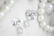 400 Diamanten Streudiamanten ca. 100gr./Box Acryl , klar ca. D:1cm