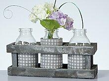 4tlg.Set im Landhausstil: 3 Flaschenvasen in dekorativer grauer Holzbox, karrierter Stoffbezug je Vase, 19,5x7x10,5 cm, ohne Dekoration, Tischdekoration Hochzeitsdekoration Frühling Vasen