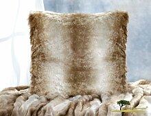 AKTION Premium Fellkissen Wolf hellbraun-beige