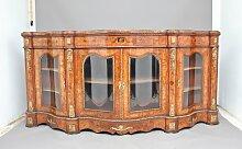 Antike Anrichte aus Nussholz & Glas