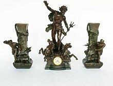Antike Französische Zink Neptun Uhr & Vasen von L