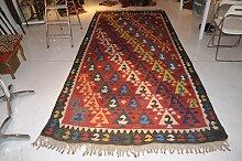 Antiker russischer Kelim Teppich