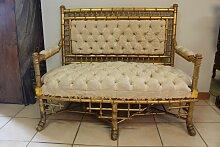 Antikes Sofa mit vergoldetem geschnitztem Gestell,