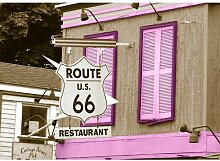 Around the World Route 66 Fotodruck in Lila East