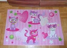 Associated Weavers Kinderteppich Teppich Kinderteppich Kinder Teppich Spielteppich Girl 010 Fashion Cats rosa mit Herzen 80 x 120 cm ein muss für jeden Katzen Fan darf in keinem Kinderzimmer fehlen
