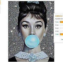 Audrey Hepburn Blue Bubble Gum Mit Schmuck