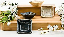 Authentische japanische Porzellan quadratische