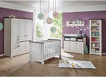 Babyzimmer Einrichtung in Weiß und Grey Wash