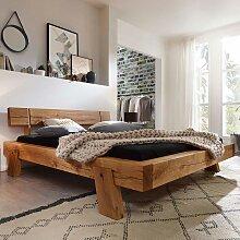 Balkenholz Bett aus Wildeiche Massivholz Landhaus