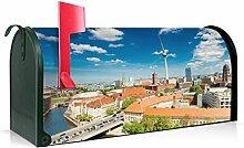 BANJADO US Mailbox/Amerikanischer Briefkasten 51x22x17cm/Stahl grün mit Motiv Berlin Mitte