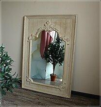 Barocker Wandspiegel im Used-Look