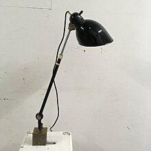 Bauhaus Lampe mit teleskopischem Gelenkarm von