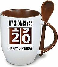 Becher Braun mit Keramiklöffel zum 20. Geburtstag. * Jahrometer * Wählen Sie aus 45 Tassen. Gerne ändern wir auch das Alter für Sie um. Alle Zahlen verfügbar.