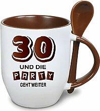 Becher Braun mit Keramiklöffel zum 30. Geburtstag. * Die Party geht weiter * Wählen Sie aus 45 Tassen. Gerne ändern wir auch das Alter für Sie um. Alle Zahlen verfügbar.