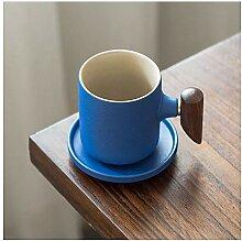 Becher Espressotassen mit Untertassen