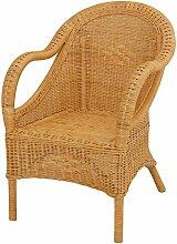 Bequemer Sessel mit schönen Flechtmustern /