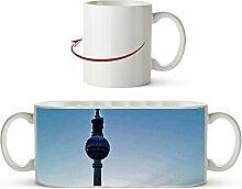 Berliner Alexanderplatz mit dem Fernsehturm