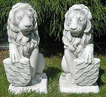 Beton Figuren Löwen Wappen auf rechter und linker