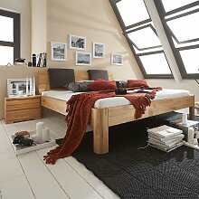 Bett mit Nachtkommoden aus Kernbuche Massivholz
