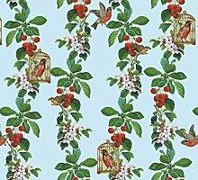blaue, schöne Tapete: Die Apfelkirsche mit Vögeln, Blüten und Kirschen für Gartenfreunde - Vlies Tapete Blumen Obst Tiere - Klassische Wanddeko - GMM Design Tapete - Wandtapete - Wand Dekoration für edle Wohnakzente (um Wände halb hoch zu tapezieren H: 1,5m B: 46.5cm)