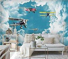 Blauer Mittelmeerhimmel, weiße Wolken, Flugzeug