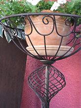 Blumenständer Scordia aus Metall