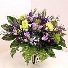 Blumenstrauß Lila Pause Size 45 Euro