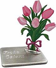 Blumenstrauss mit Tulpen von Hand bemalt incl. einer Gravurplatte von Hand gegossen. Inclusive einer Gravur Ihrer Wahl. z.B. Frohe Ostern, Alles Gute zum Muttertag, Vatertag, Valentinstag und andere Möglichkeiten. Schauen Sie sich die Bilder an und endscheiden Sie selbst.
