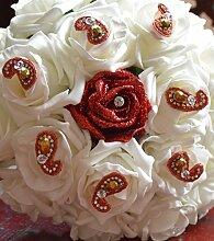 Brautstrauß in elfenbeinfarben und glitzernden