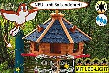 BTV-Ölbaum Vogel-Futterhaus, groß, XL mit Landebahn + LED - Beleuchtung / Licht + Bitumen, PREMIUM MASSIVHOLZ,wetterfest, mit Silo/Futtersilo für Winterfütterung,Gartendeko Vogelhäuschen, mit Silo / Futtersilo für Winterfütterung -Holz Nistkästen & Vogelhäuser- Futterhaus ohne Ständer blaue Dachschindeln BGAL50blOS Bitumen