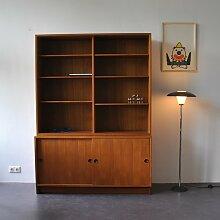 Bücherregal mit Schiebetüren von Børge Mogensen