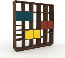 Bücherregal Nussbaum - Modernes Regal für