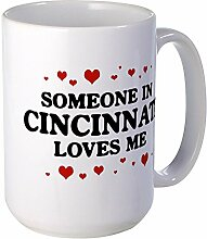 CafePress – loves me in Cincinnati – Großer Becher