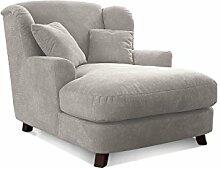 Cavadore XXL-Sessel Assado / Großer Polstersessel in creme mit Holzfüßen, großer Sitzfläche, Polsterung und 2 weichen Zierkissen / 109x104x145 (BxHxT)