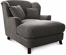 Cavadore XXL-Sessel Assado / Großer Polstersessel in grau mit Holzfüßen, großer Sitzfläche, Polsterung und 2 weichen Zierkissen / 109x104x145 (BxHxT)