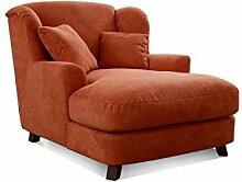 Cavadore XXL-Sessel Assado / Großer Polstersessel in orange mit Holzfüßen, großer Sitzfläche, Polsterung und 2 weichen Zierkissen / 109x104x145 (BxHxT)