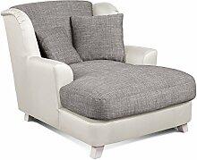 CAVADORE XXL-Sessel Assado/Zweifarbiger Polstersessel in grau/weiß mit Holzfüßen, großer Sitzfläche, Polsterung und 2 weichen Zierkissen/109x104x145 (BxHxT)