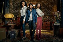 Charmed Season 1 Poster auf