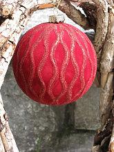 Christbaumkugel aus Glas, Samtrot mit gewellten