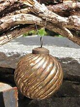 Christbaumkugel rund mit Streifenmuster, Edelrost