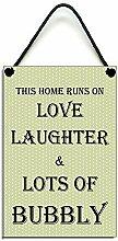 Claude16Poe This Home läuft auf Love Laughter &