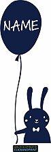 CLICKANDPRINT Aufkleber » Hase mit Luftballon inkl. individuellem Namen, 60x21,5cm, Metallic Tiefblau • Dekoaufkleber / Autoaufkleber / Sticker / Decal / Vinyl