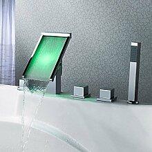 Contemporary Messing verchromt Personalisierte drei Griffe fünf Bohrungen LED Badewanne Armatur - Silber