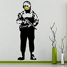 Coole Banksy Happy Smiley Soldat Wandaufkleber