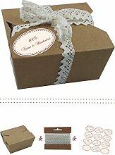 das-label | 10 x Geschenkboxen aus braunen Kraftkarton mit creme-dunkelrot Aufkleber 10 x 100% NATUR & HANDGEMACHT + Häkelspitze | Naturboxen als Geschenkverpackung oder Transportbox für Kuchen | Cupcakes | Pralinen | Kekse und viel mehr